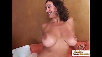 Busty cougar in sexy lingerie adores a small prick