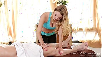 Busty blonde Natalia Starr gives tooth massage